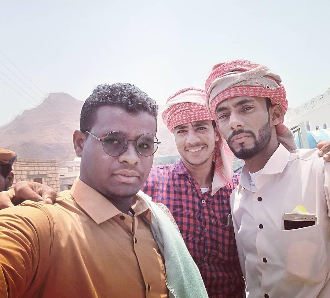 برفقة الغوالي بوحمير عقيل عوض الكلالي و بوكا محمد كرامة الكلالي Tags Post Photo Image Likes Like Yemen Mukallah F Fashion Newsboy Flowers