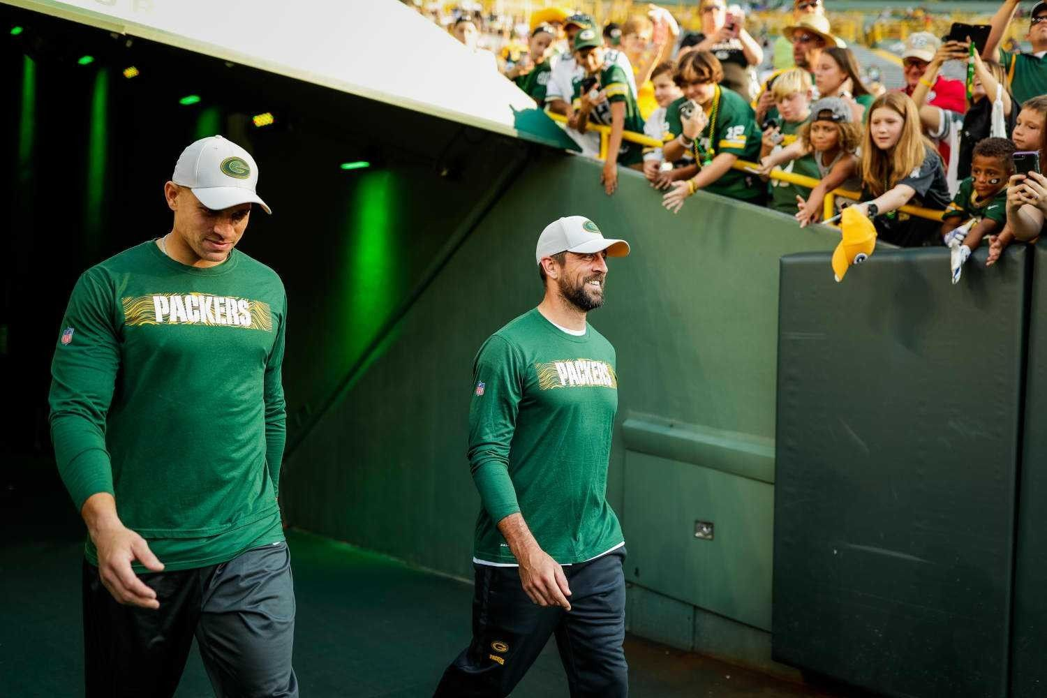 Pin By Judit On Green Bay Packers Jimmy Graham Packers Baby Aaron Rodgers