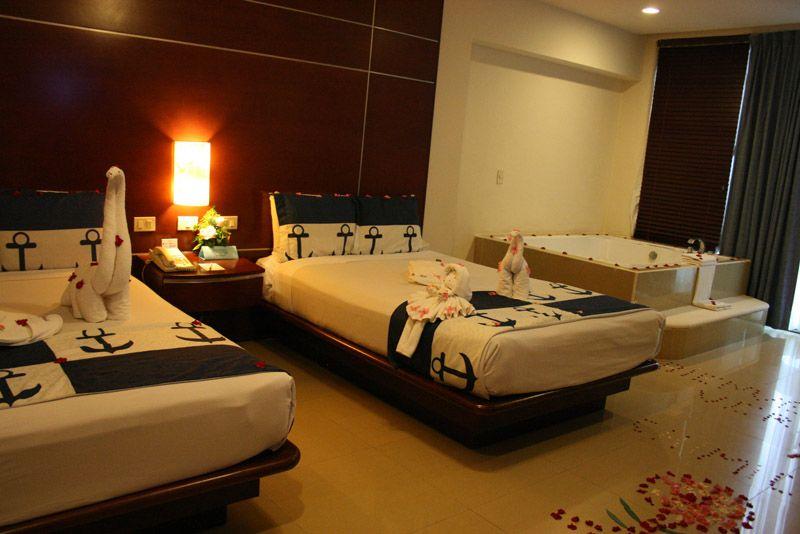 Great parnassus agradable y c moda estancia for Habitaciones familiares lisboa
