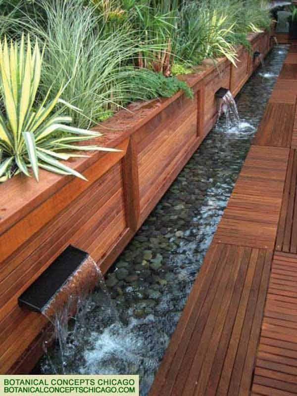 Gartenteich, moderner Gartenteich, Pflanzen, Holz, Stein, Bachlauf
