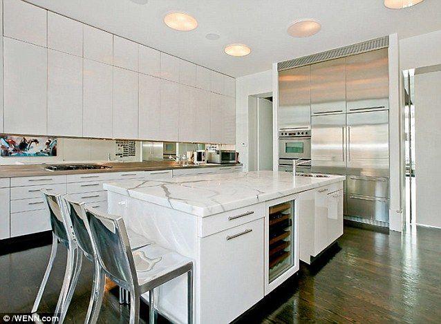 Khloe Kardashian Kitchen Google Search 92 Kitchen