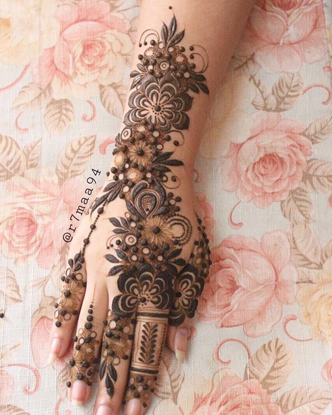 Lal Hatheli Khaleeji Henna Like No Other Repost R7maa94