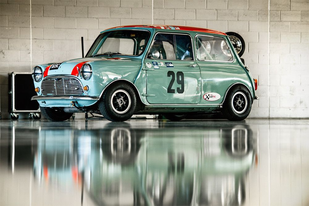 Richard Parsons – 1965 Morris Mini Cooper S at the 2016 Silverstone Classic Media Day (Photo 1)