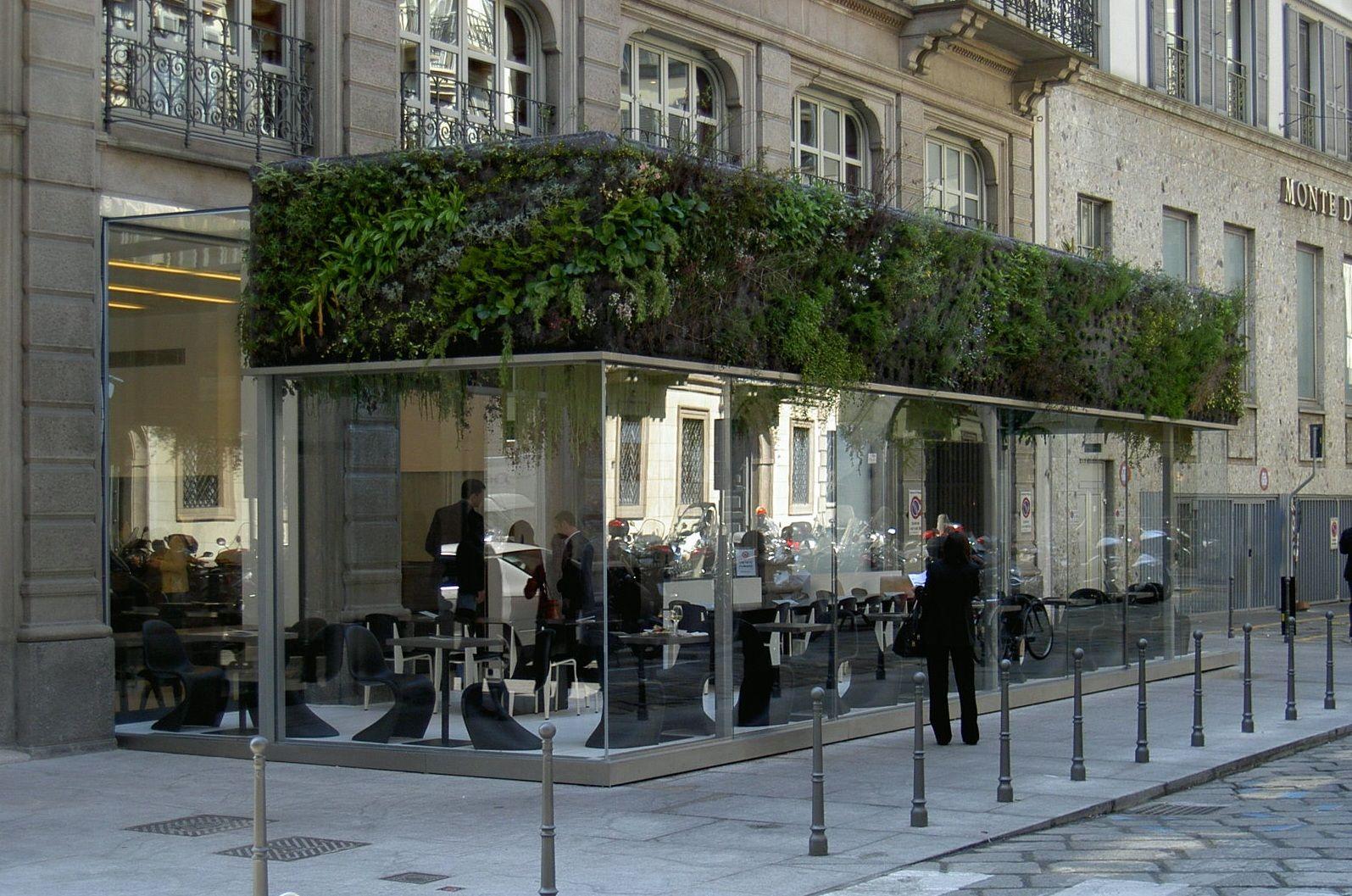 """Struttura in vetro e acciaio """"Dehors Caffé Trussardi"""", Milano, 2008 ..."""