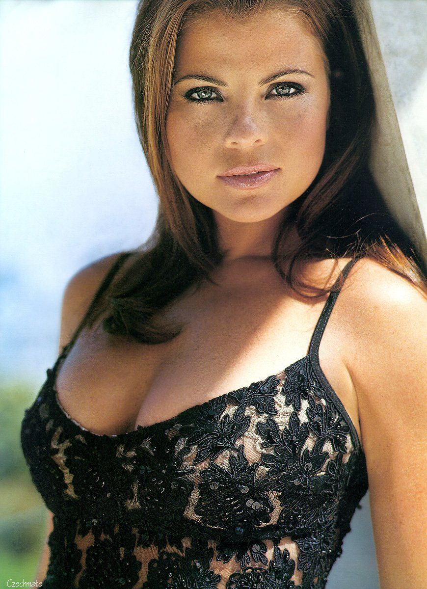 Yasmine Bleeth Nude Photos 81