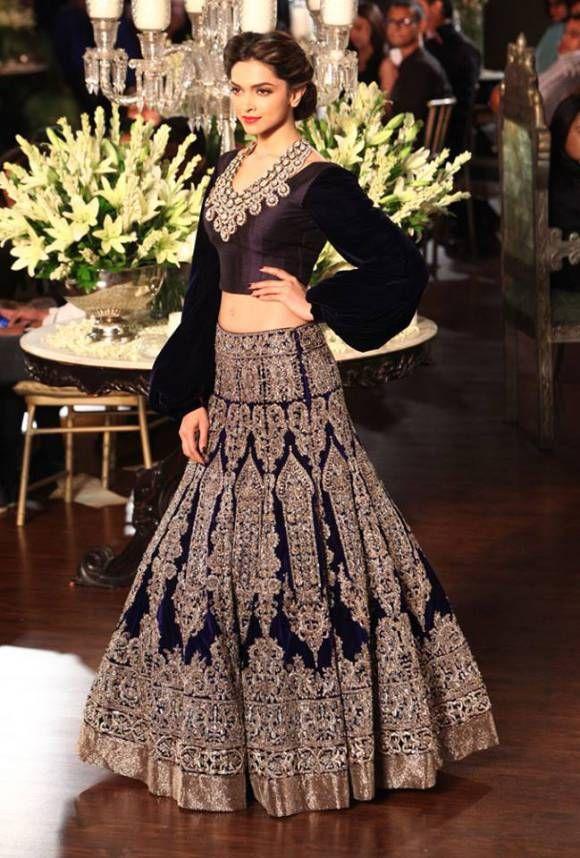 Deepika looks stunning in Manish Malhotra bridal lengha   Saris ...