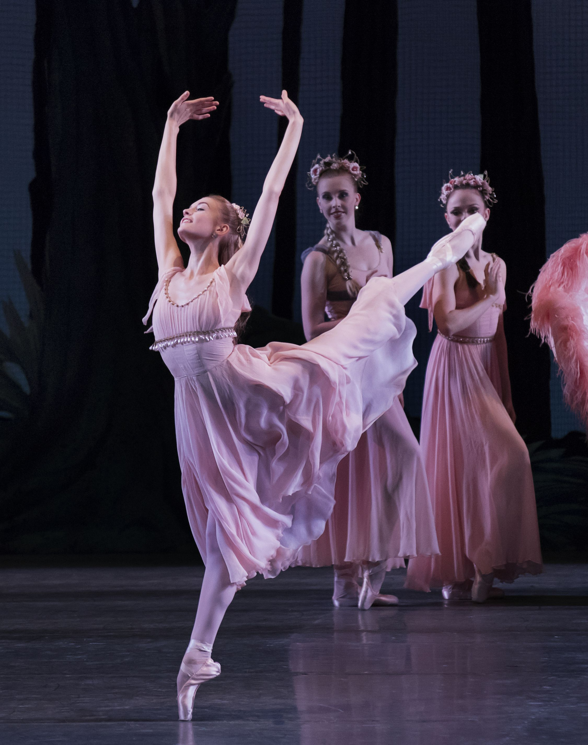Pin By Maggie Porter On Dance First Think Later Dance Magazine Dance Photography Contemporary Ballet