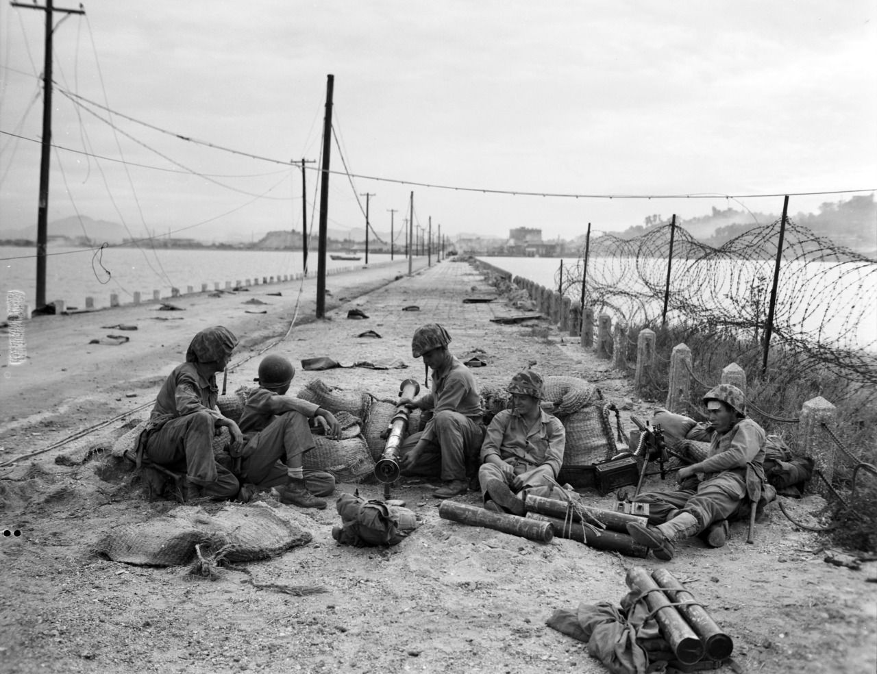 Inchon Landing Operation(Chromite Operaation) on Sept.15,1950,Korean  War.**** 3rd Batt.5th Regiment landing troops of Green … | Korean war, Us  marines, Marines