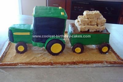 Coolest John Deere Tractor Cake Tractor Graham crackers and Crackers