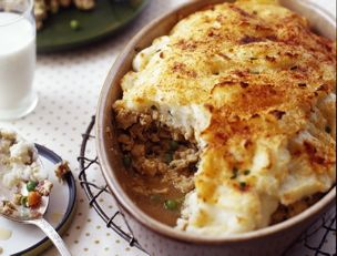 Ground Turkey Shepherd's Pie, made this for dinner tonight so yummy and such an easy one. :)