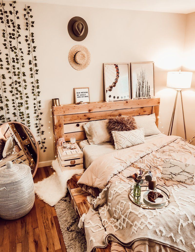 The Queen Pallet Bed   Bedroom inspirations, Bedroom decor ... on Pallet Bed Room  id=67122