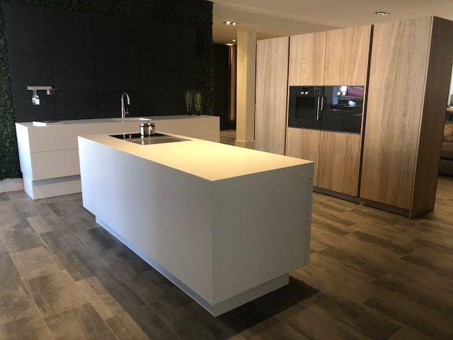 Zwevende Open Keuken : Maatwerk door stuut keuken design hi macs gaggenau bora eiken