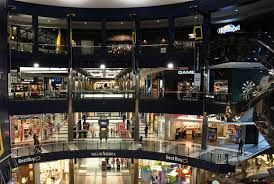 Go to the biggest mall in America