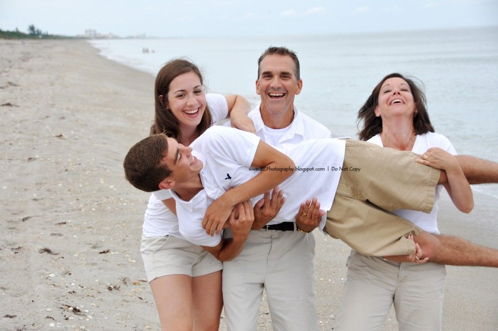Cocoa Beach makes an excellent backdrop for family vacation photos! Family beach portraits. Check out http://www.EZ-Potography.com