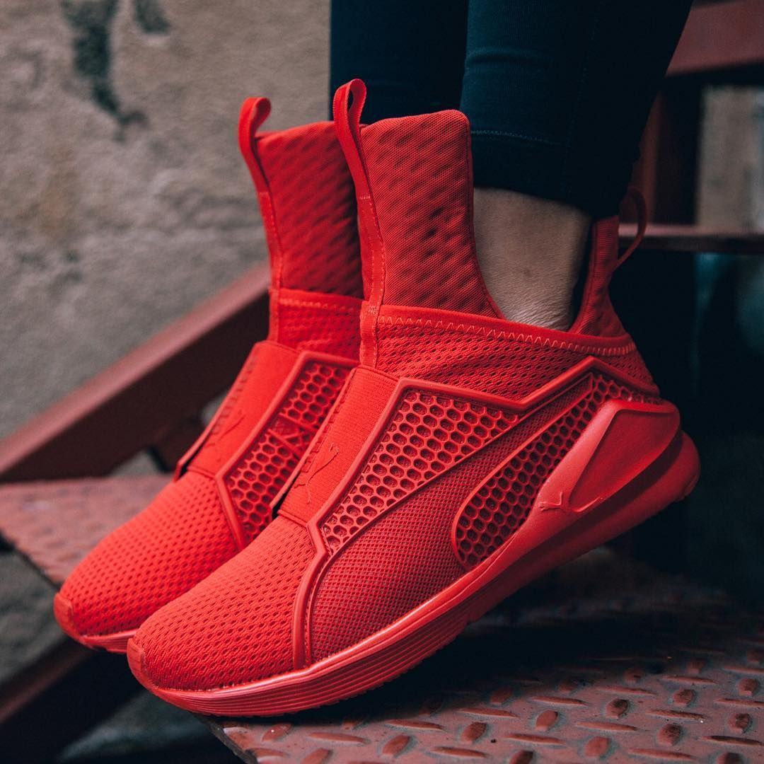 Sneakers : Puma Fierce Fenty By Rihanna 'Triple Red