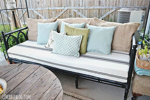 Would Love To Do This With The Futon For Back Patio