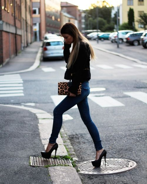 Skinny jeans and platform high heels accentuate sexy legs. #legs ...
