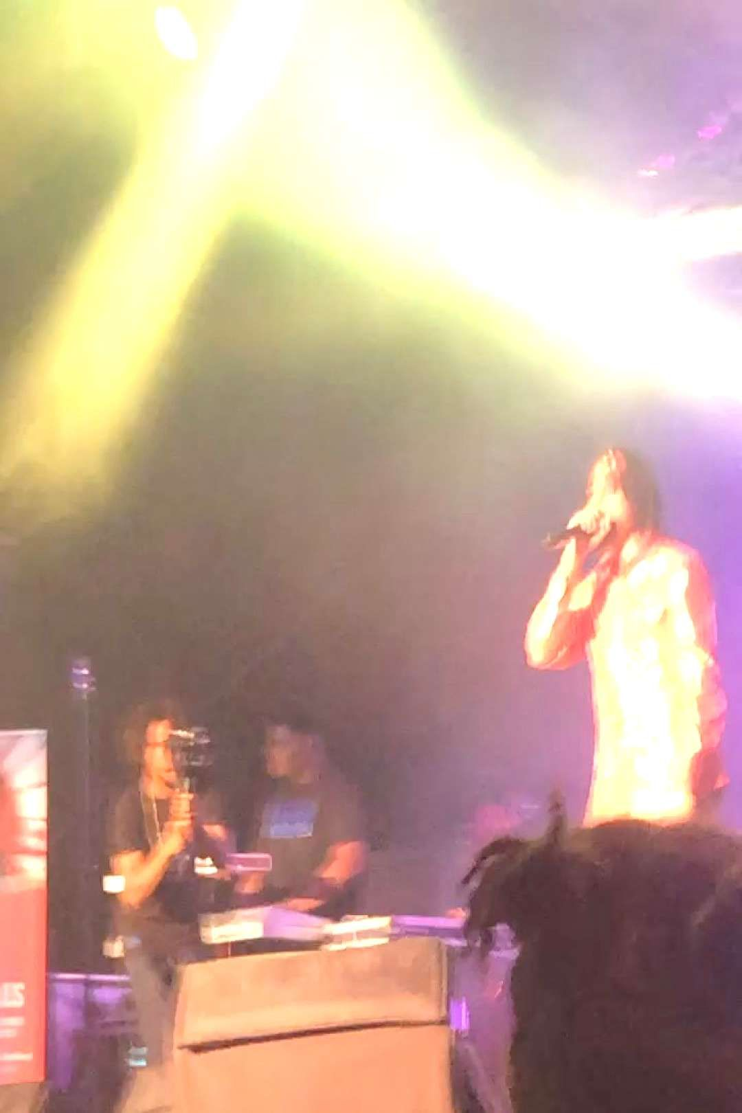 #independentartis #virginislands #concierto #concert #flames #place #had #the #on .. Had the place on flames. #concert #concierto #independentartisYou can find Virgin islands and more on our website... Had the place on flames. #c...