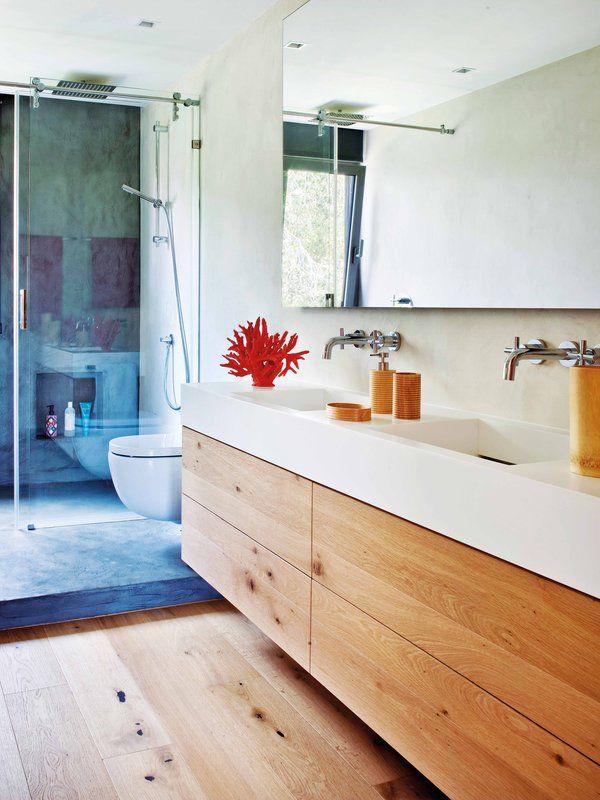 Dos zonas independientes en el baño gracias a los ...