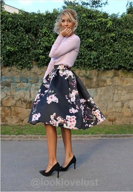 7f6f45c4fb Floral Print High Waisted Midi Skirt | Style | Looks vestidos, Look ...