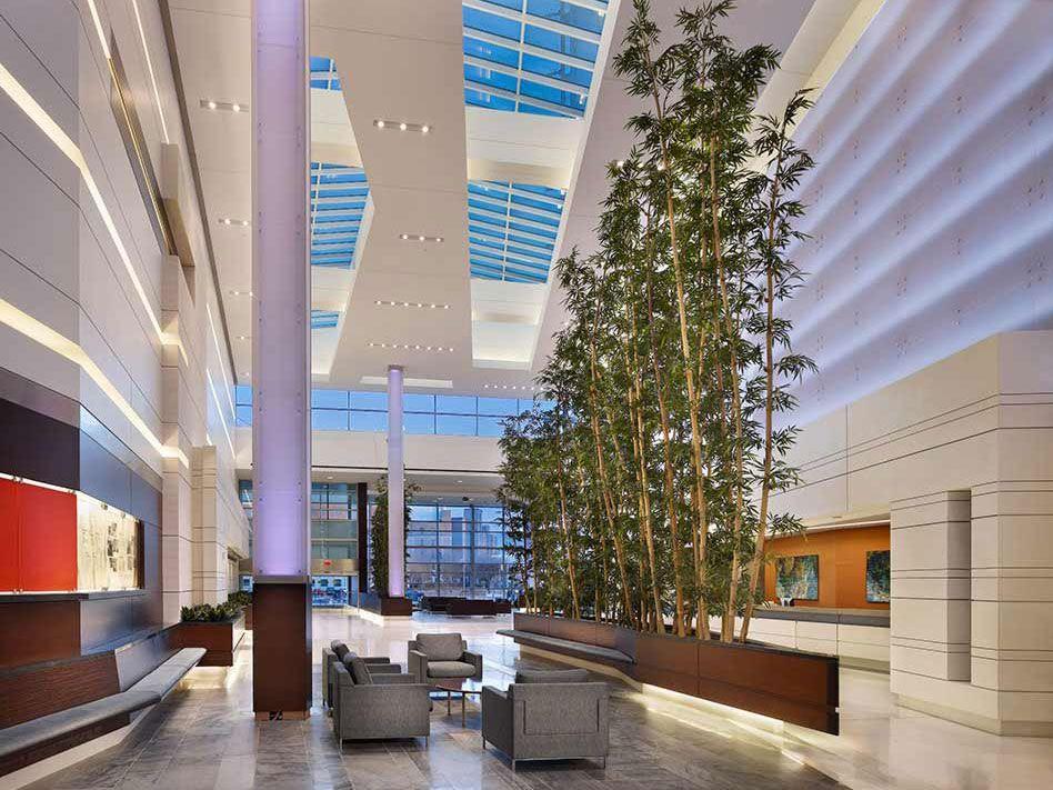 250 04 Column Features Ready To Go Solutions 3form Healthcare Design Facade Design Architecture