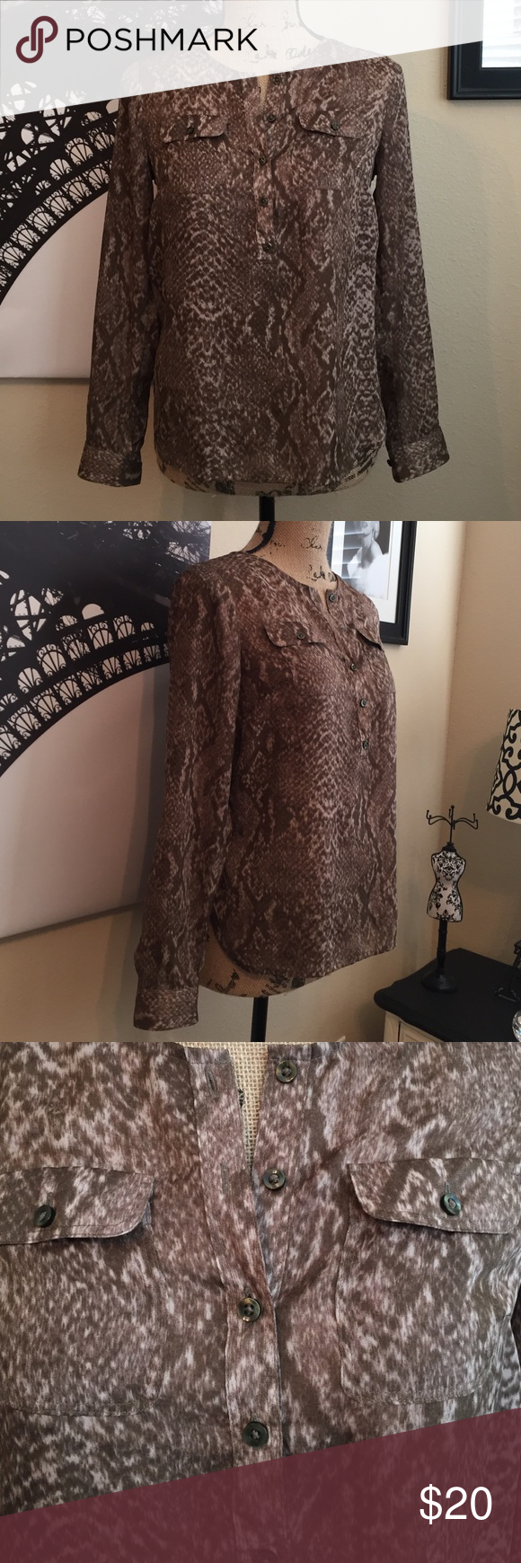 Ann Taylor LOFT Size XSP Love the print on this shirt. Ann Taylor Tops Blouses
