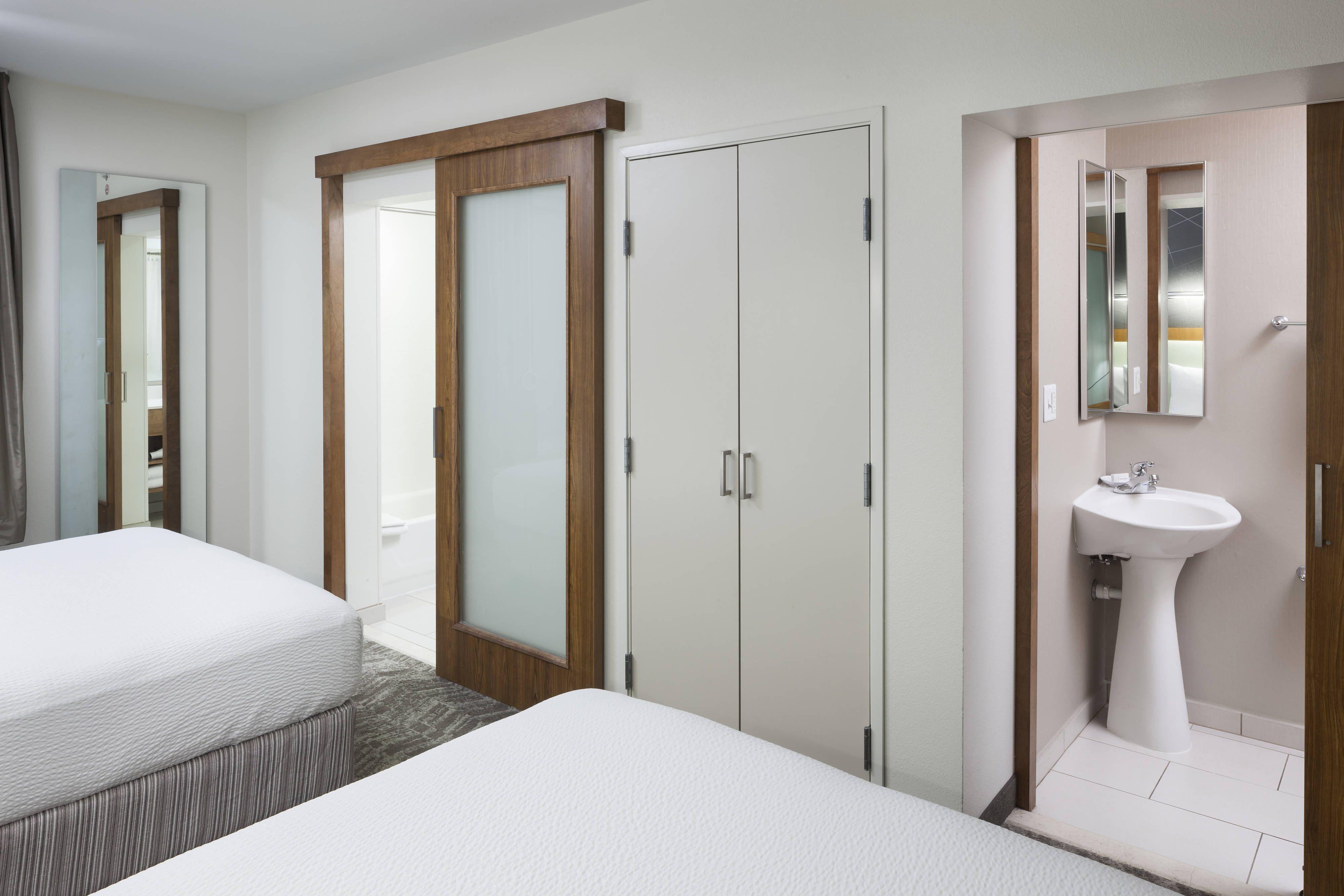 Springhill suites salt lake city airport queenqueen suite