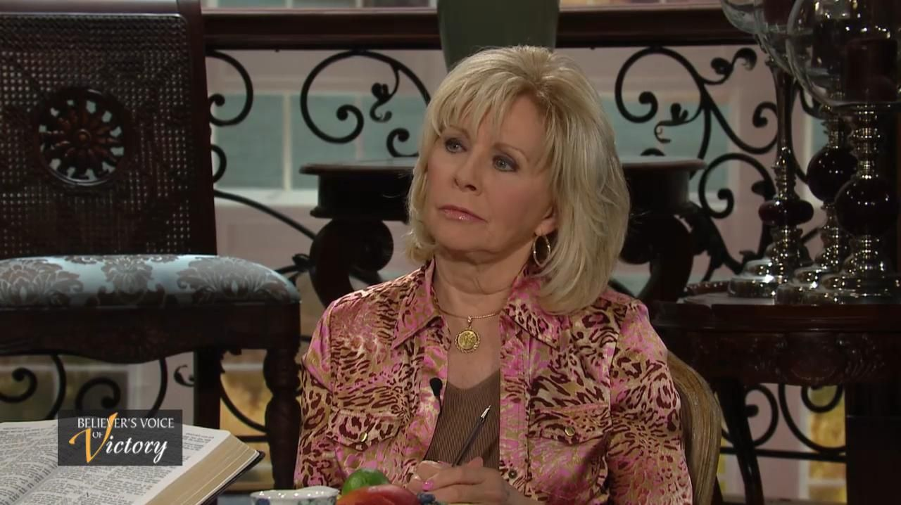 Day 9-Gloria Copeland, George Pearsons - Owning a home is part of God's plan for you. Gloria Copeland and George Pearsons show us in the Word how God furnishes our homes with good things.