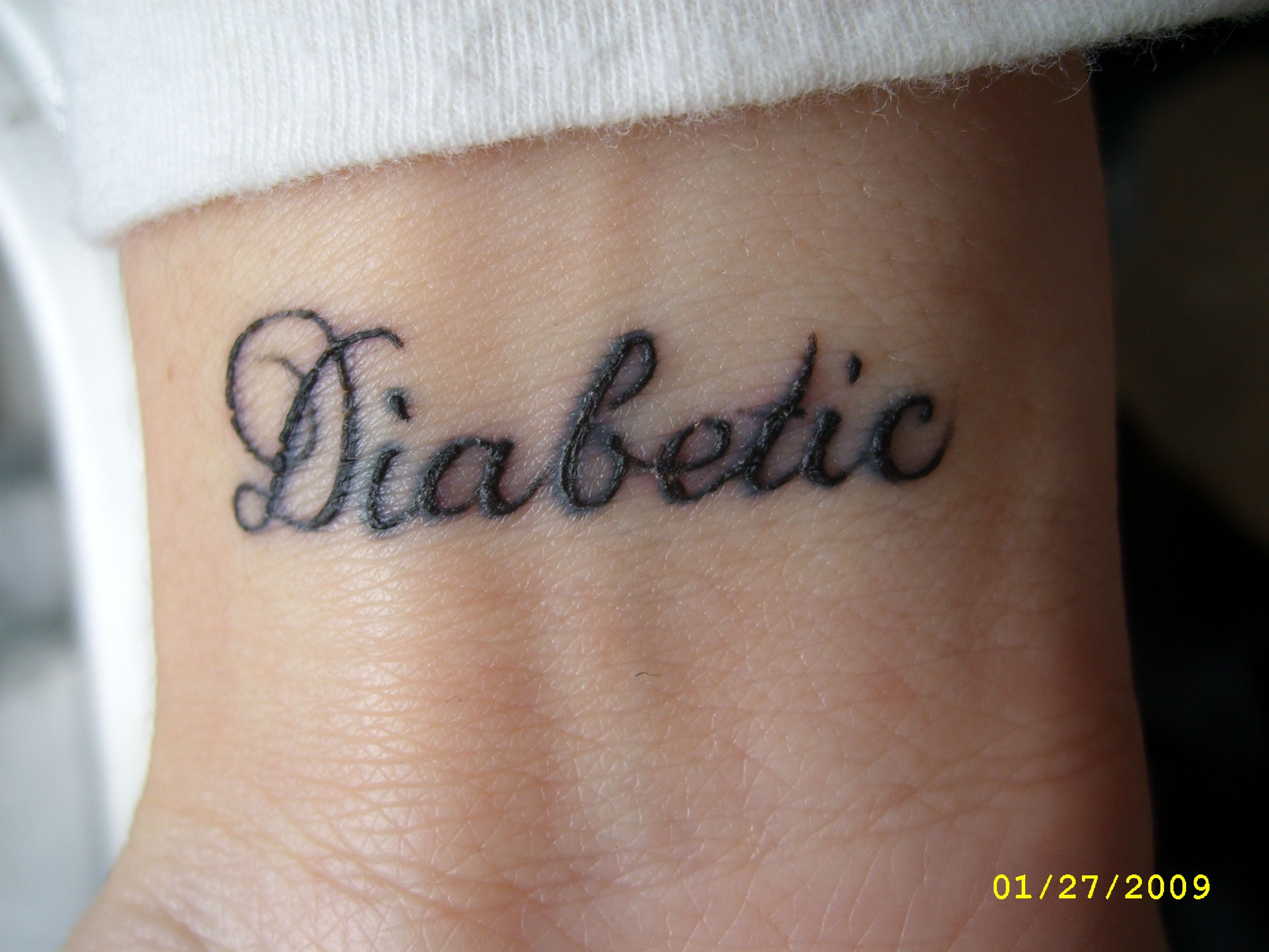 Diabetic tattoo tattooed up pinterest best baby for Pictures of diabetic tattoos