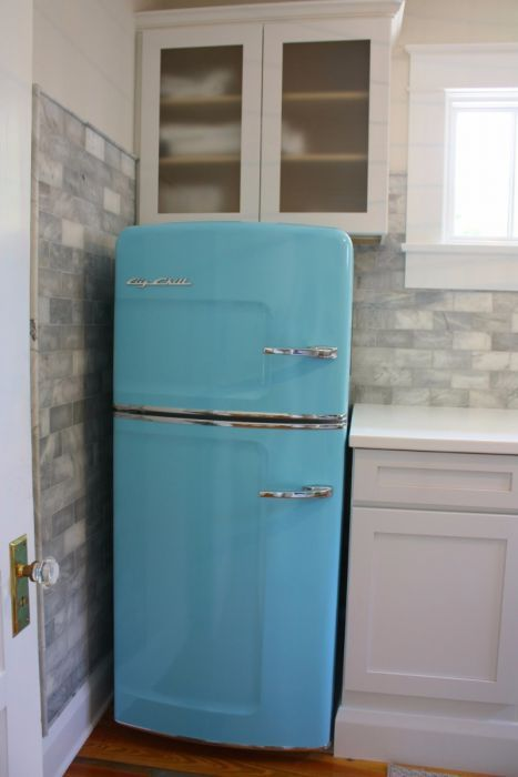 Add Style Sizzle To Small Es With Our Studio Size Retro We Took Most Por Full Fridge The Original And Trimmed It Down