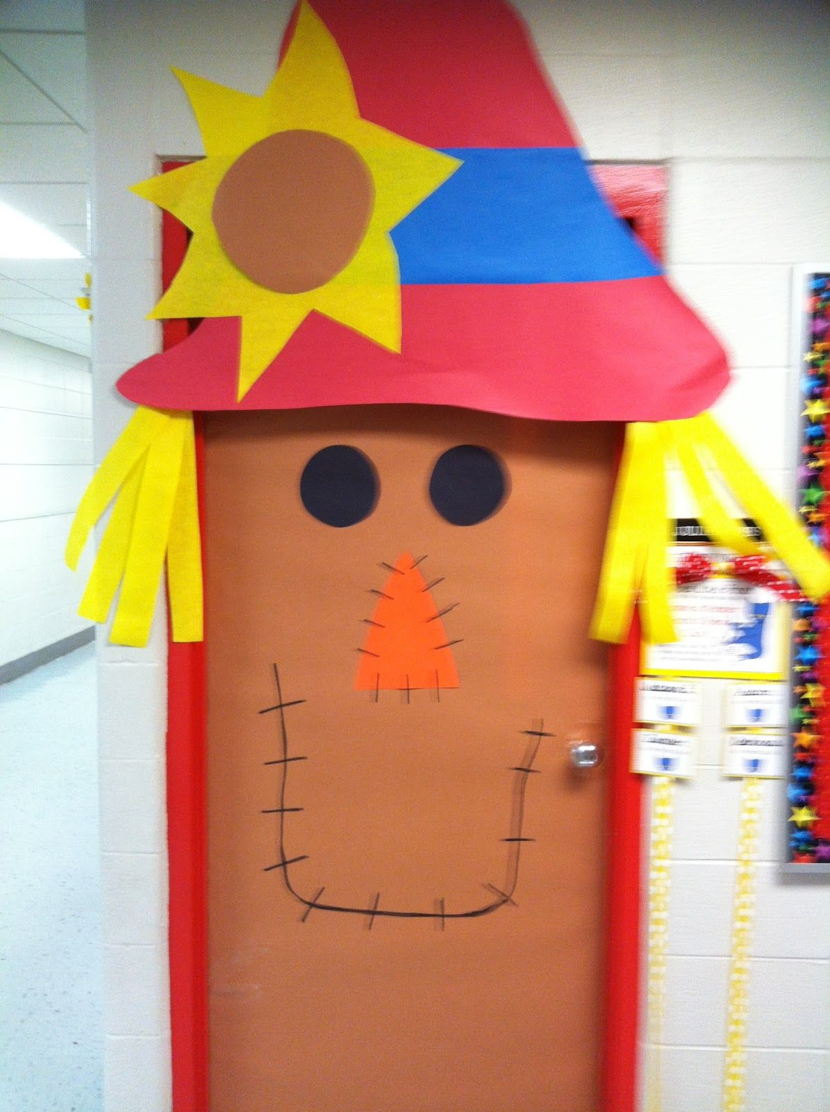Classroom Door Decorations For Fall second grade smiles: fall classroom decorating ideas | fall decor
