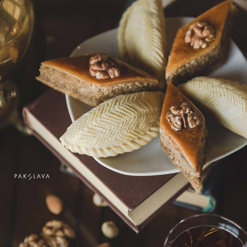 Baklava and Shekerbura. #pakhlavateahouse #pakhlava #baku #azerbaijan #beatgroup #teahouse #baklava #shekerbura #national #traditional #pastry #delicious #azerbaijanicuisine