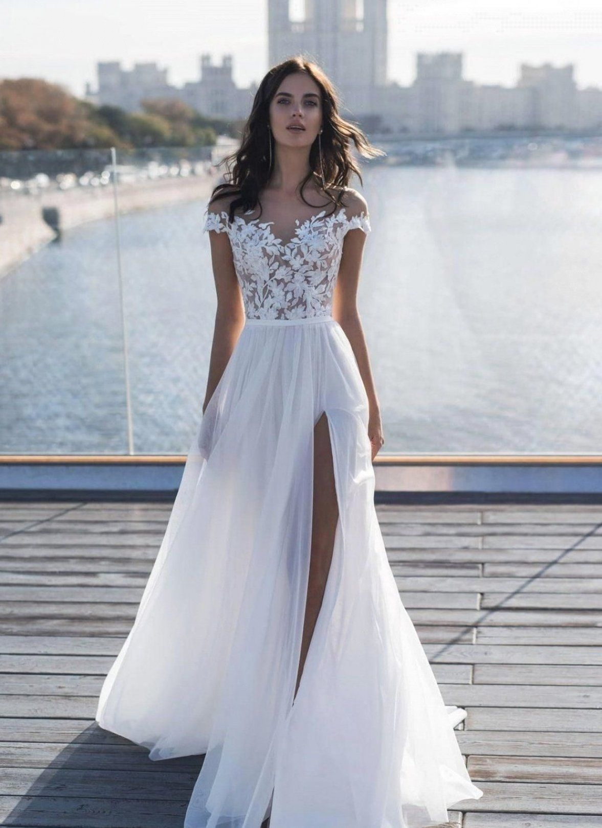 Discount 2019 New Capped Sleeves Lace Top Wedding Dresses