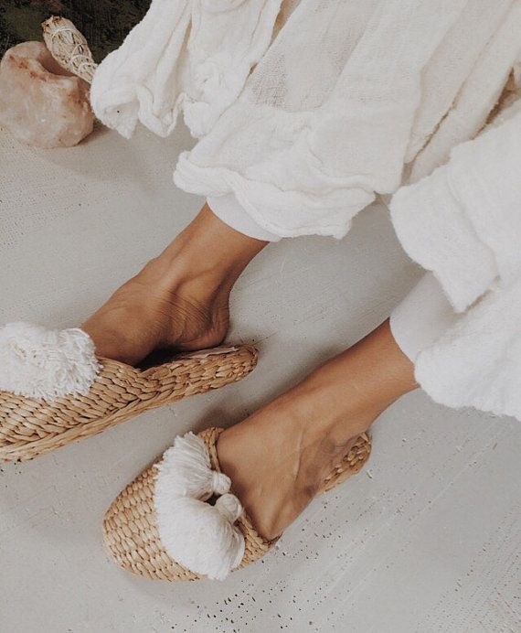2 tassles straw home slippers boho shoes natural handmade
