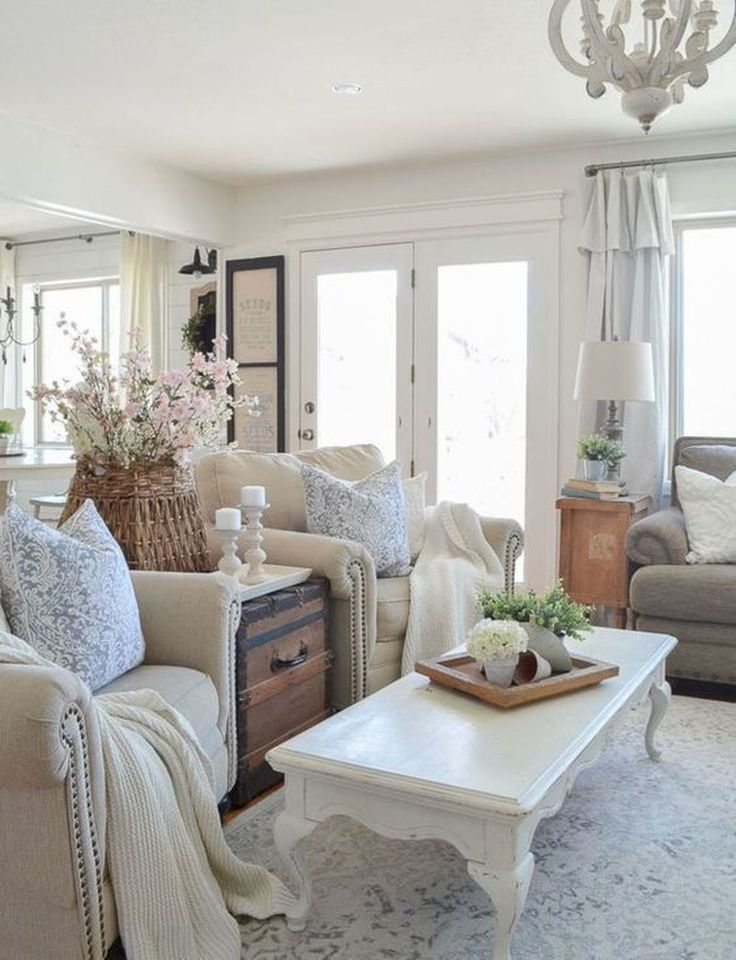 32 Gorgeous French Farmhouse Living Room Design Ideas Farmhouse Decor Living Room Shabby Chic Living Room French Country Living Room