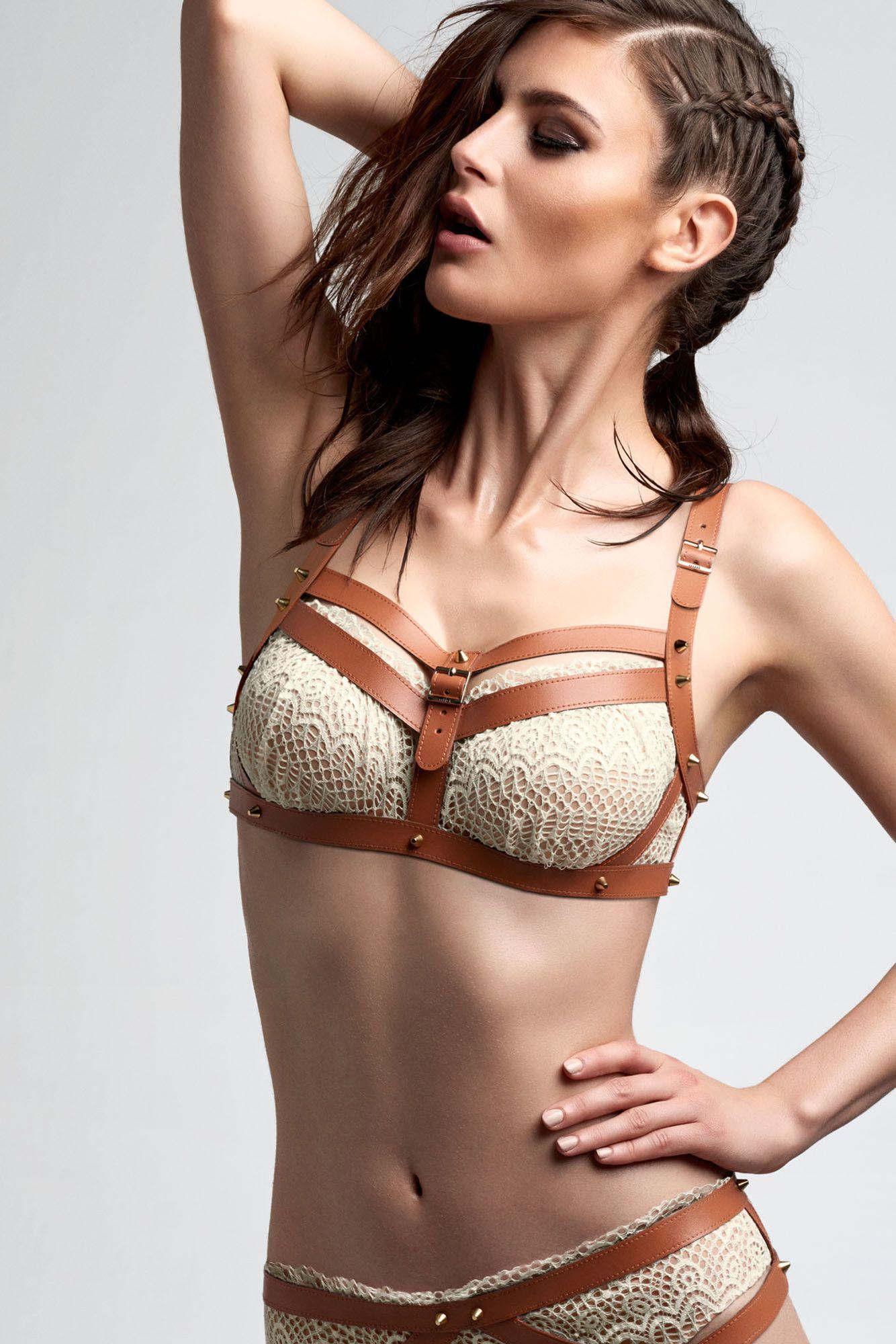 Earl Lagertha balcony bra| Marlies Dekkers lingerie