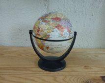 petit globe terrestre mappemonde pivotant stellanova made in germany mappemonde. Black Bedroom Furniture Sets. Home Design Ideas