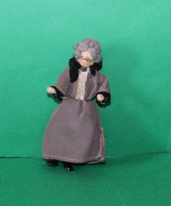 Vintage Dolls House Grecon Grandma Doll KM5088 by kittymacminis