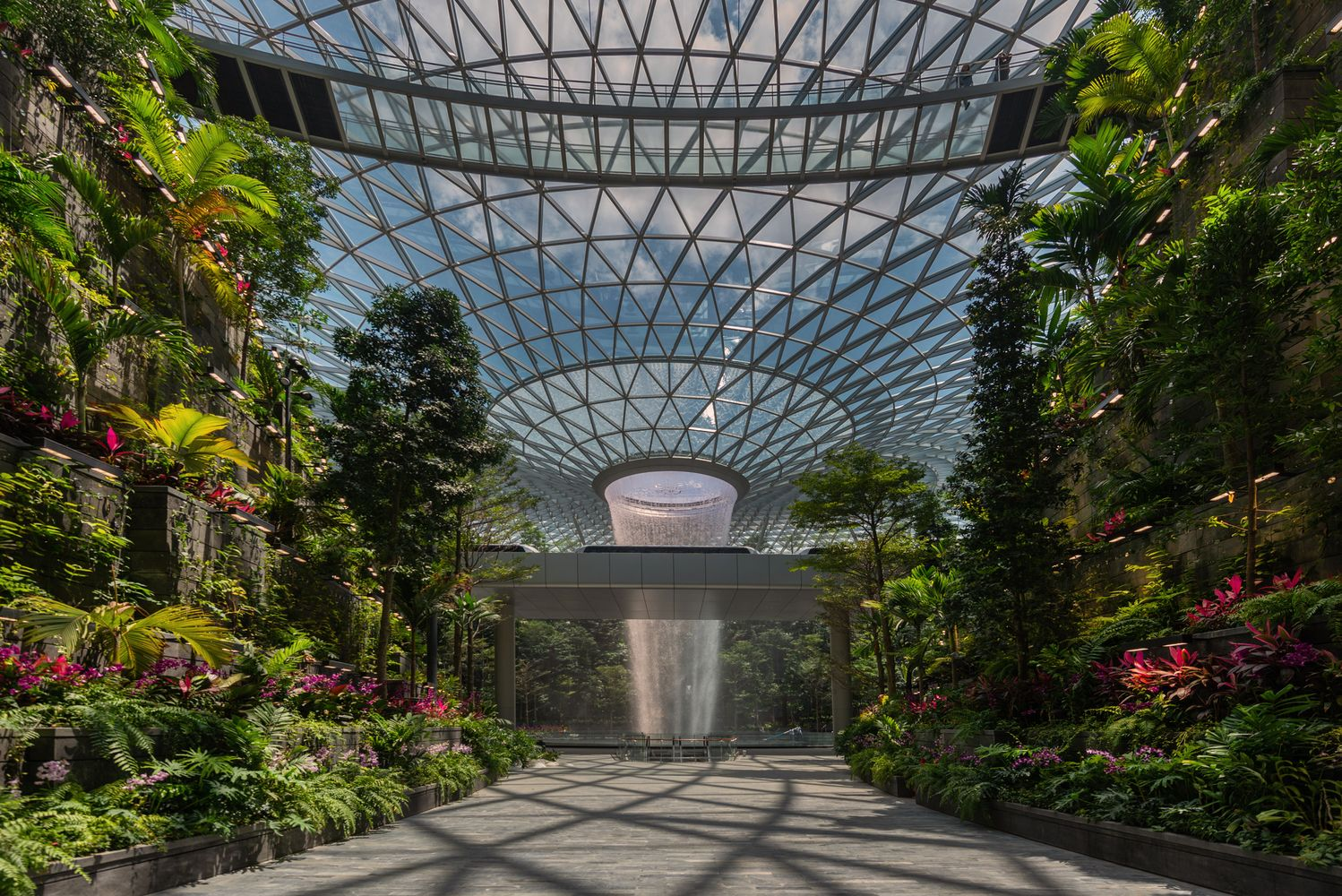 Gallery Of Safdie Completes World S Tallest Indoor Waterfall In Singapore 10 Indoor Waterfall Singapore Changi Airport Airport Design