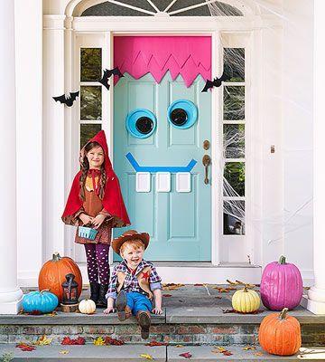 Decorate Your Door for Halloween & Fall Bucket List   Monster door Plastic plates and Poster boards