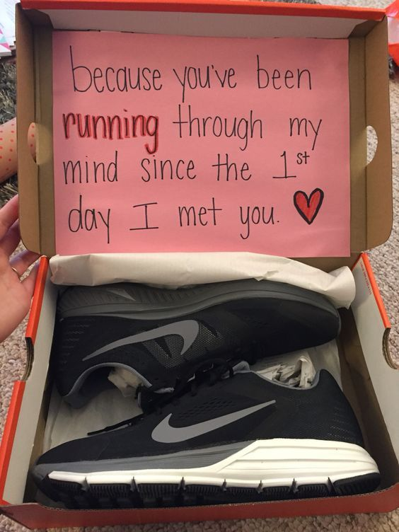 Shoes Gift For Your Boyfriend With A Cool Card Birthday Ideas Cute