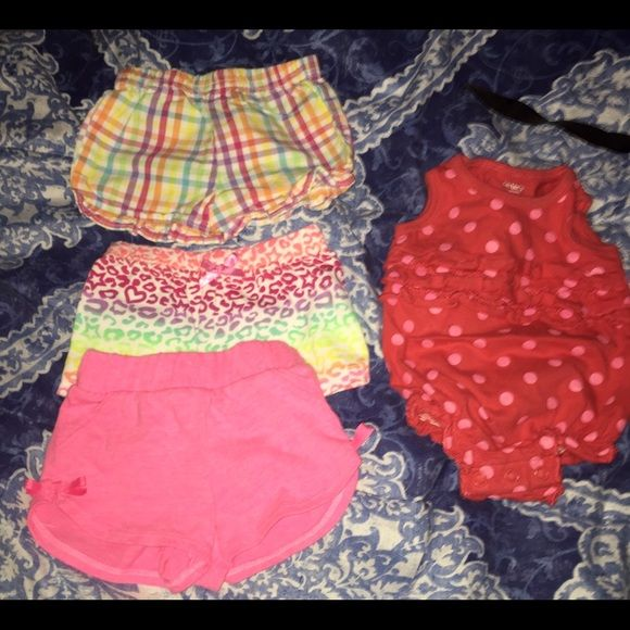 Baby girl short bundle Great condition! No rips or stains! Size newborn! Other
