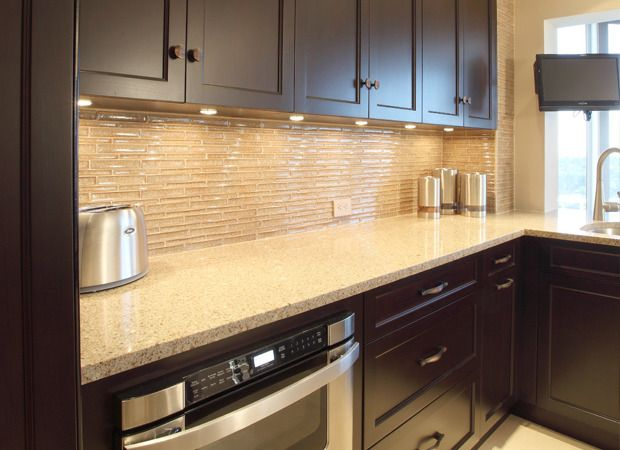 Tips and tricks to the perfect backsplash -- http://www.greatlakescarpet.com/about-us/news/tips-and-tricks-for-tile-backsplash.html