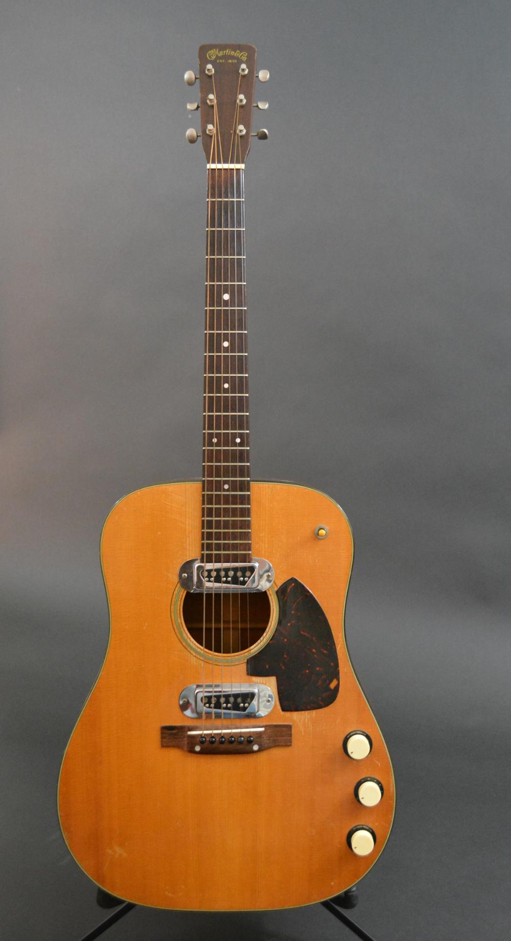 1959 Martin D18e Voltage Guitar Martin Guitar Custom Acoustic Guitars Cool Electric Guitars