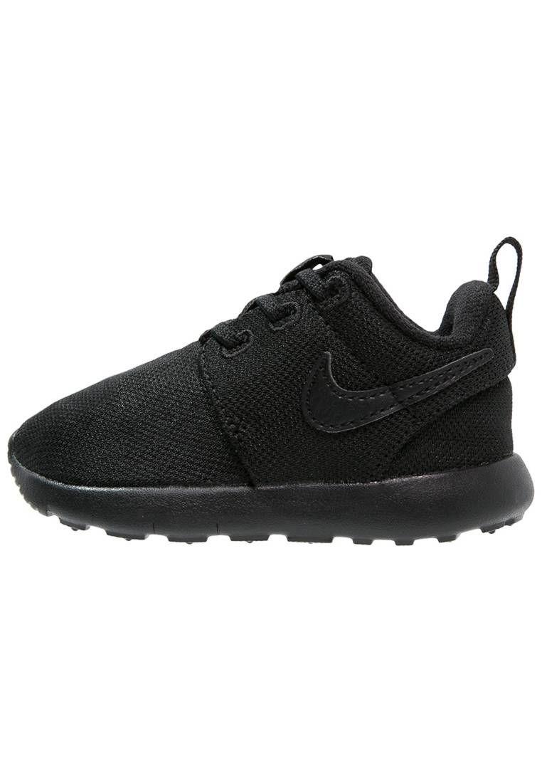 newest 339fa 089a2 Nike Sportswear. ROSHE ONE - Zapatillas - black. Suela fibra sintética.  Plantilla