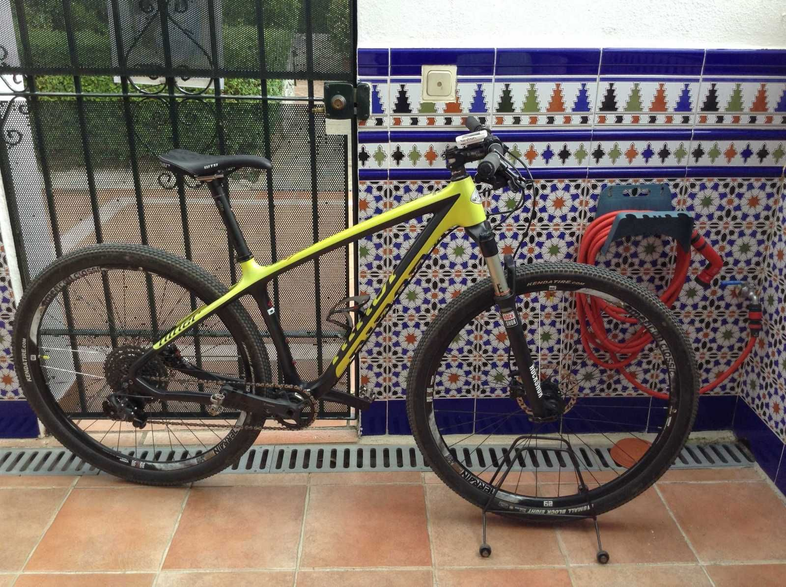 Niner AIR 9 RDO Side Profile Touring bike