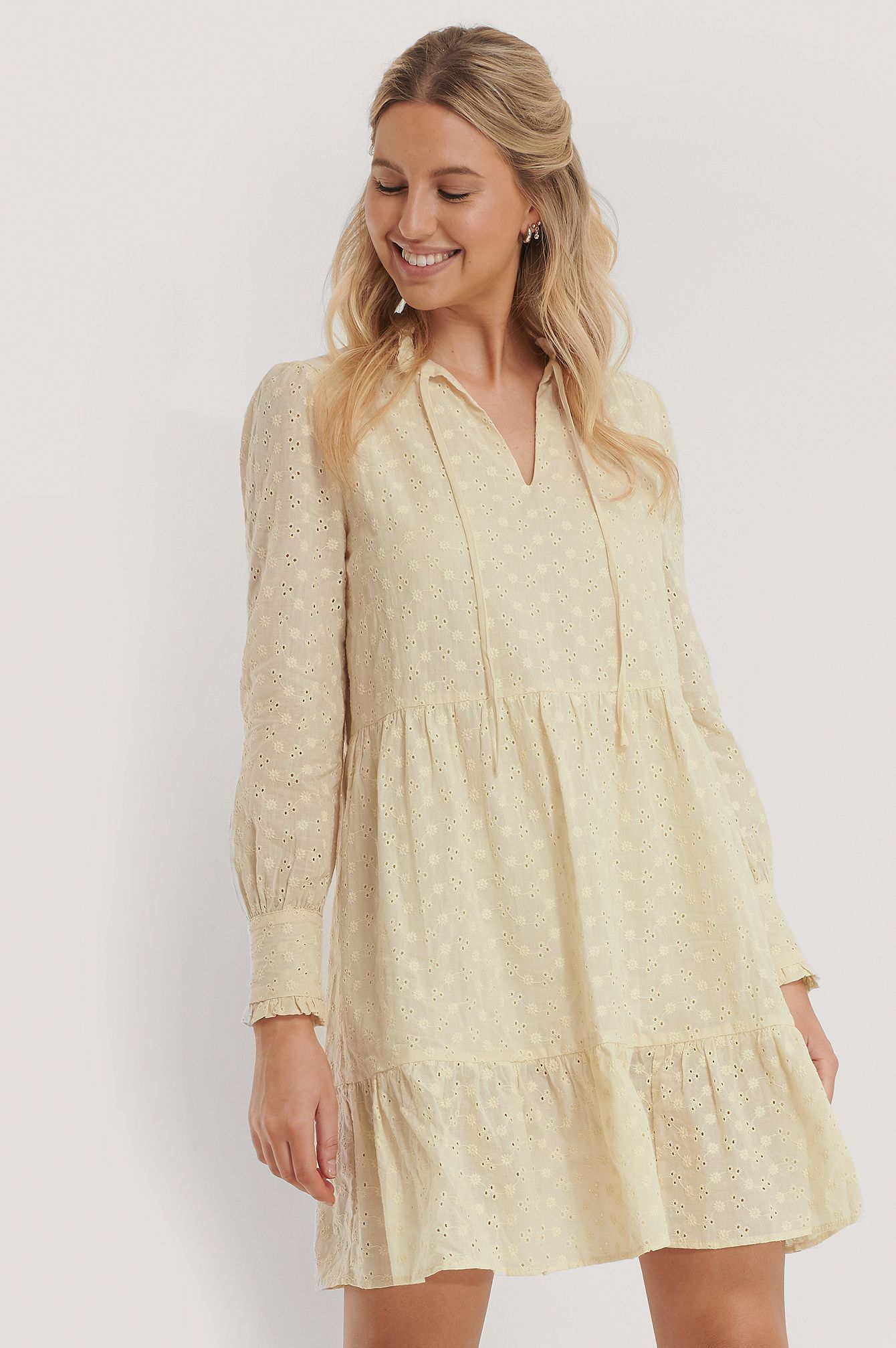 A-Förmiges Kleid Mit Blumenstickerei in 19  Tunic tops, Fashion