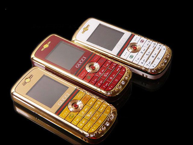 4e8e366eec3 Pin by Luxury Cell Phones on Gucci Cell Phone