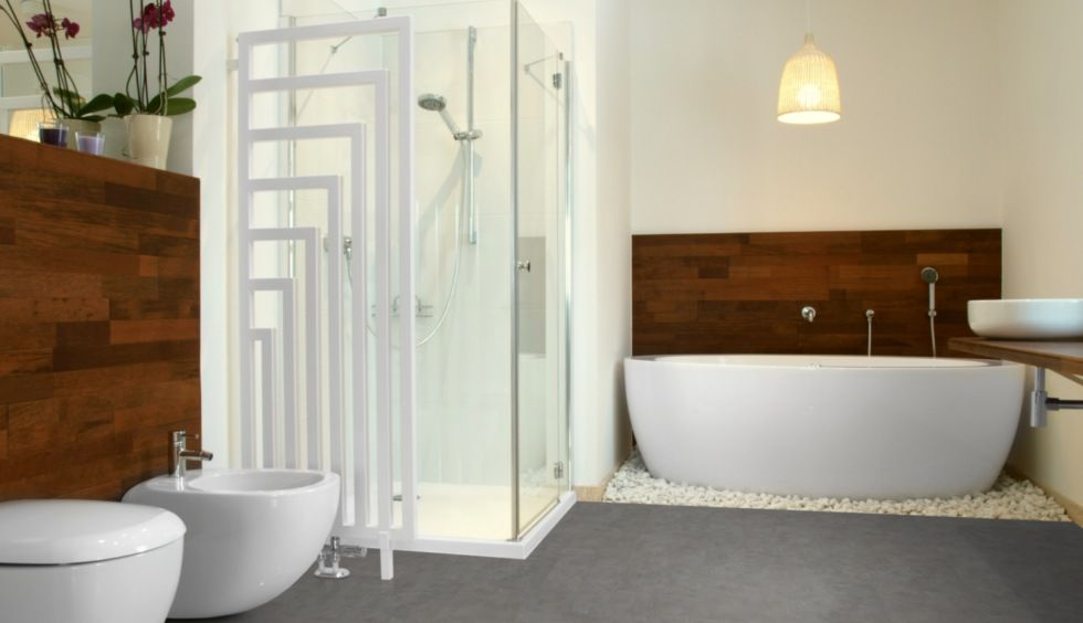 Vinylfliesen in beton optik für das bad fußwarm und elegant