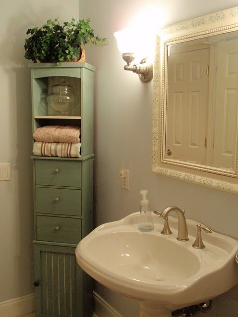 Love The Tall Cabinet In Corner Bathroom Corner Cabinet Primitive Bathrooms Bathroom Corner Storage
